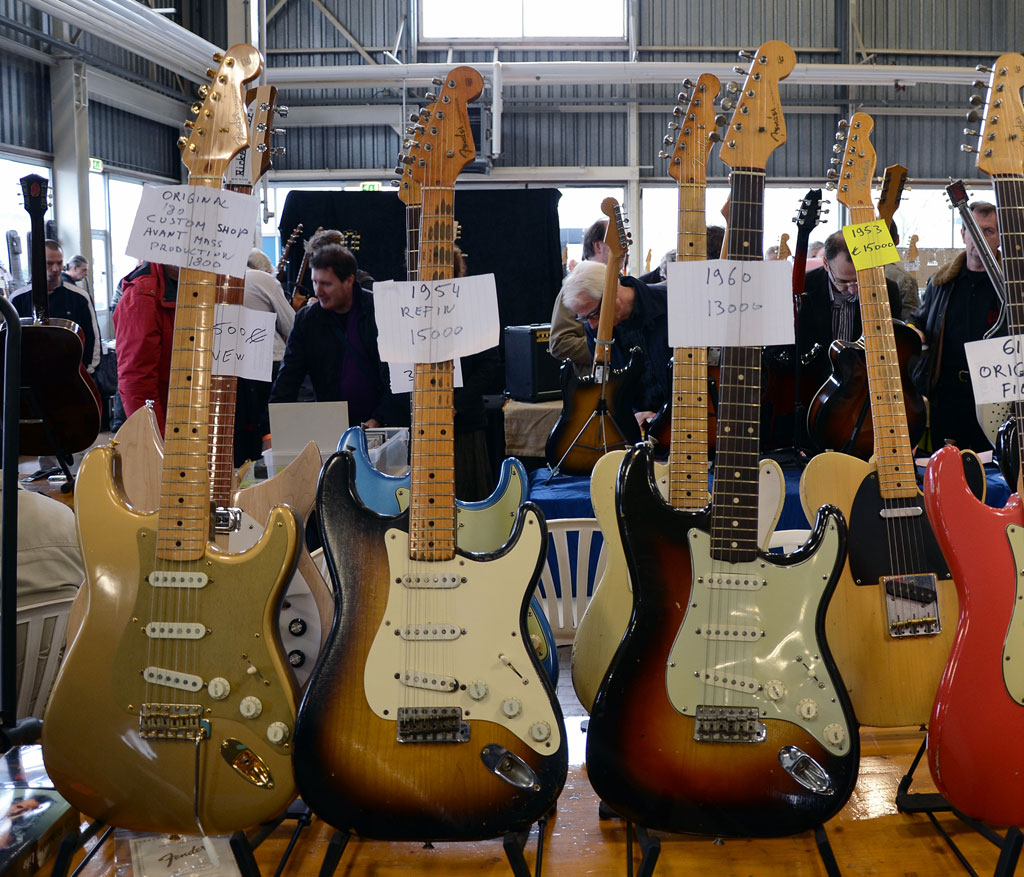 vintage guitar show veenendaal 2011 - pre-cbs strat's